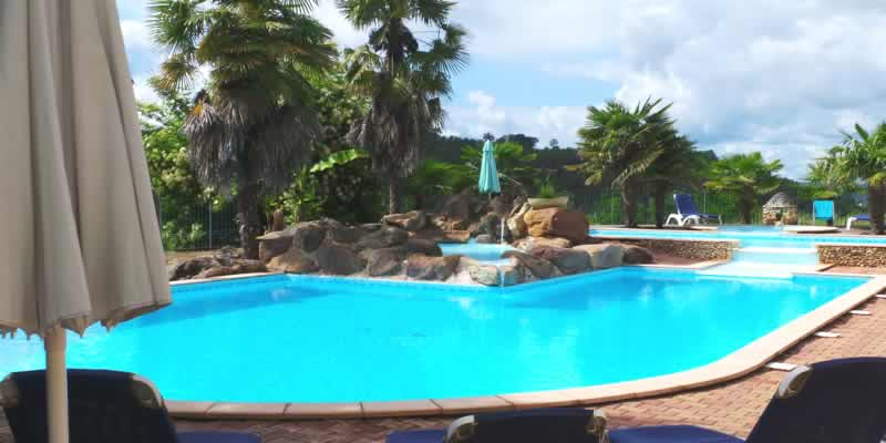 Gites perigord gite en dordogne piscine belves sarlat for Piscine en dordogne